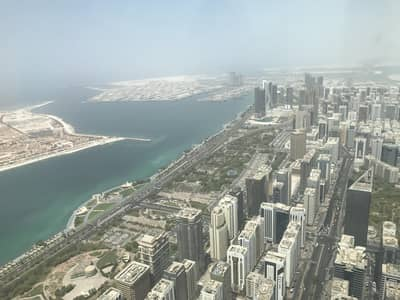 3 Bedroom Flat for Rent in Corniche Area, Abu Dhabi - Rarely available this stunning duplex apartment