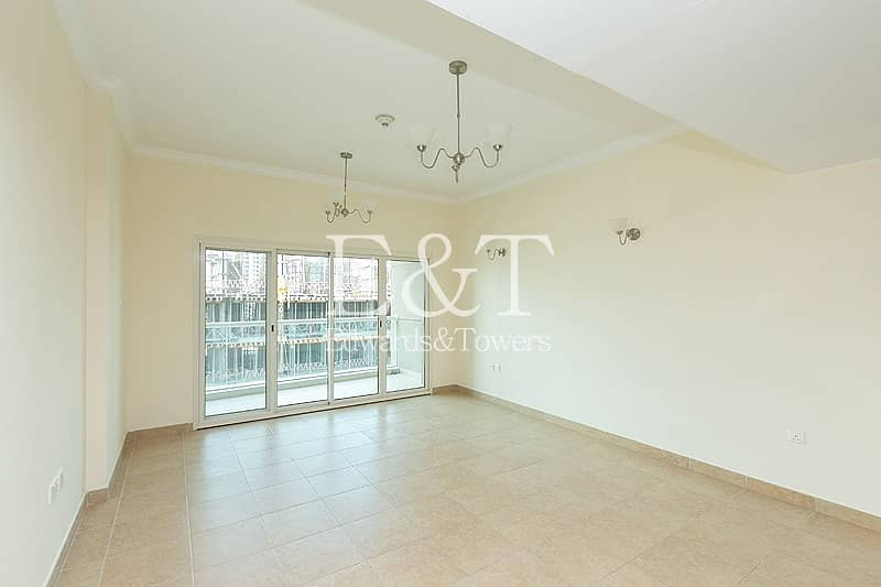 Spacious 2Bed  Apt. with Gulf view | JVC