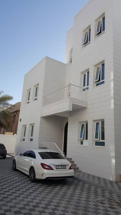 2 Bedroom Flat for Rent in Khalifa City A, Abu Dhabi - amazing brand new two bedrooms apartment for rent in amazing location in khalifa city A