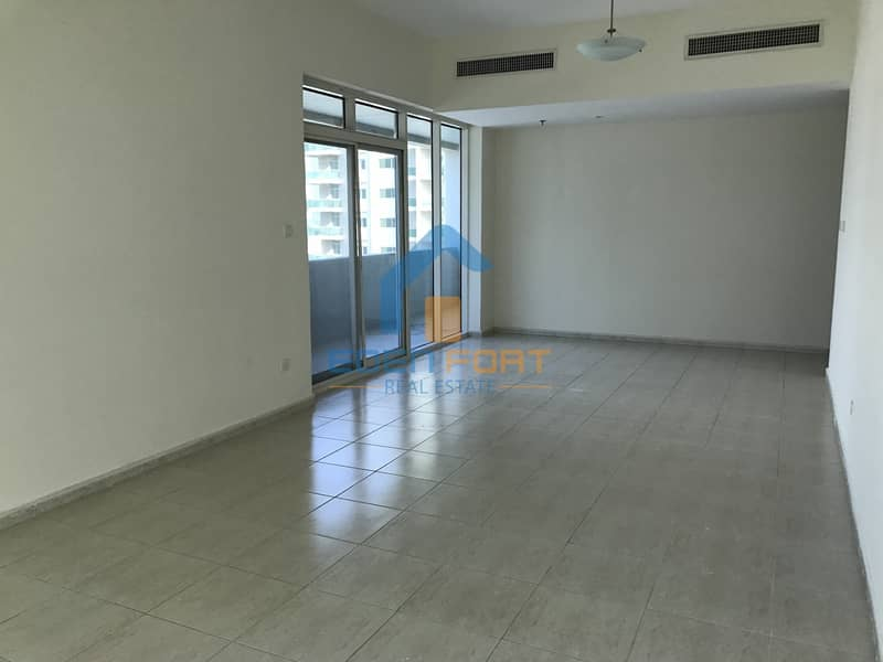Chiller free 2 bedroom with closed kitchen