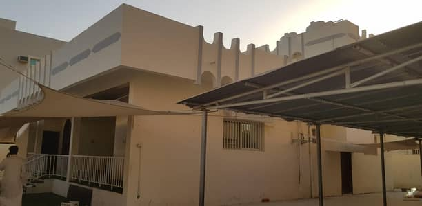 3 Bedroom Villa for Rent in Al Rawda, Ajman - Commercial  Villa in ajman  al rawda 2 - N027