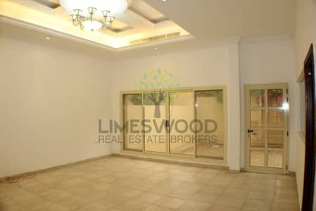 4 Bedroom Villa for Rent in Mirdif, Dubai - Well Maintained Villa | Private Backyard