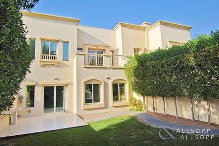 3 Bedroom Villa for Rent in The Springs, Dubai - Pool Park & Lake View | Good Condition