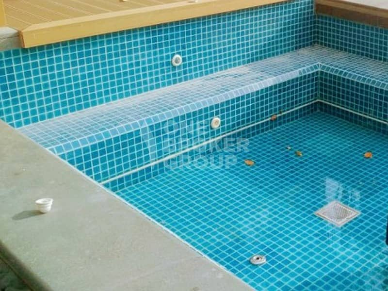 9  Private Pool