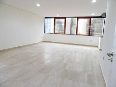 3 Bedroom Flat for Rent in Hamdan Street, Abu Dhabi - Duplex 4 Bedroom plus Maidsroom with Balcony