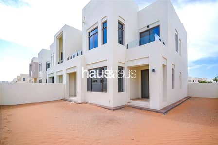 3 Bedroom Villa for Rent in Reem, Dubai - J Type | Great Location | Multiple Chqs!