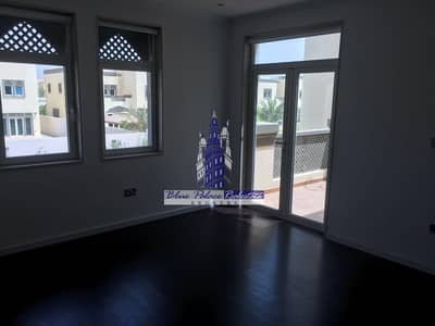 4 Bedroom Villa for Sale in Jumeirah Park, Dubai - Park Facing Legacy 4br+M at a Low Price