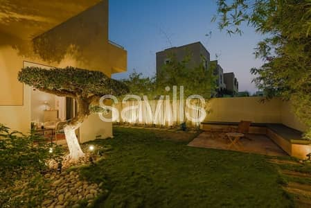 4 Bedroom Villa for Sale in Al Raha Gardens, Abu Dhabi - Beautifully presented 4 bedroom villa in Raha Gardens
