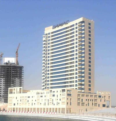 1 Bedroom Flat for Rent in Business Bay, Dubai - Large 1 BR with balcony | Low Cost | Business Bay