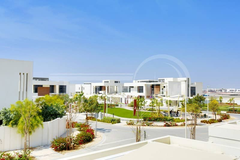 18 Luxurious Villa in Yas!Rent Now!!Hurry!!