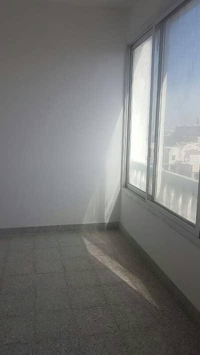 3 Bedroom Flat for Rent in Al Khalidiyah, Abu Dhabi - Good price apartment in Khalidiyah