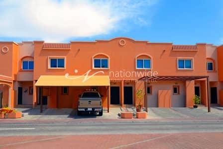 2 Bedroom Villa for Rent in Al Reef, Abu Dhabi - 2 Chq! 2 BR Mediterranean Villa w/ Study