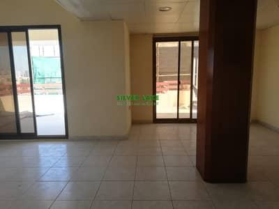 4 Bedroom Penthouse for Rent in Al Manaseer, Abu Dhabi - 4 B/R PENTHOUSE CENTRAL A/C IN SUROOR  MANASEER 95K