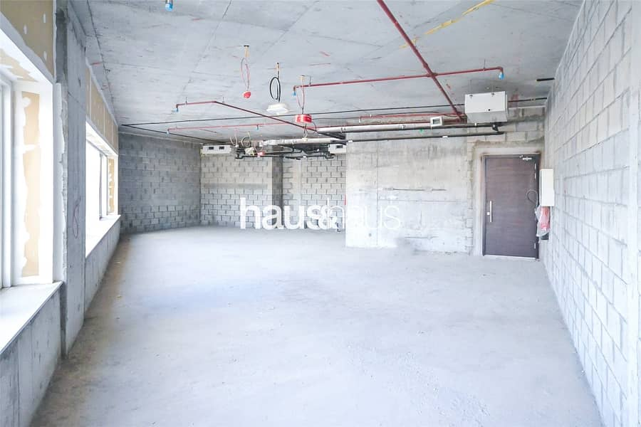 Full Floor| Shell and Core| Can Be Split