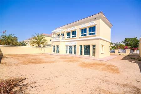 5 Bedroom Villa for Sale in Jumeirah Village Triangle (JVT), Dubai - 5 bed villa| Best position in District 9