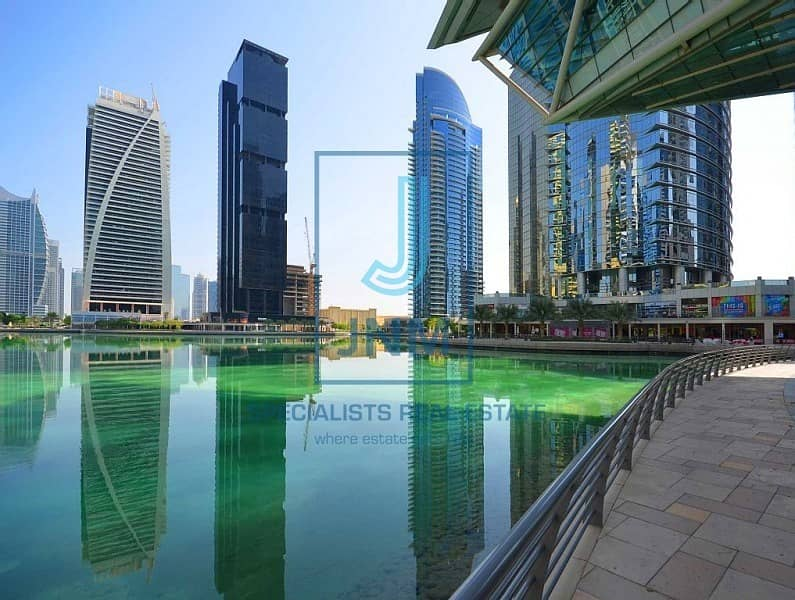 11 Fitted retail in great location at JLT