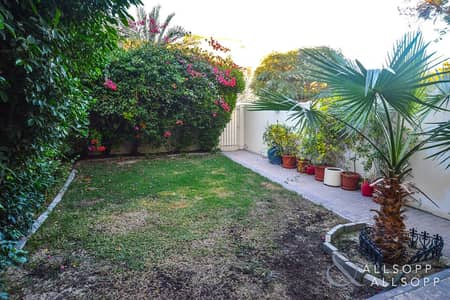 2 Bedroom Villa for Rent in The Springs, Dubai - Available Now | Back to Back | Secluded Garden