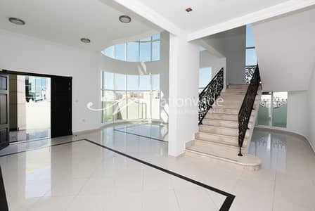 6 Bedroom Villa for Rent in Khalifa City A, Abu Dhabi - Huge 6 BR Villa with Pool + Driver Room!