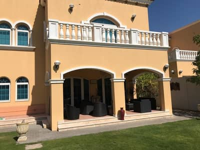 5 Bedroom Villa for Rent in Jumeirah Park, Dubai - Huge 5 BHK villa for Rent in jumira park