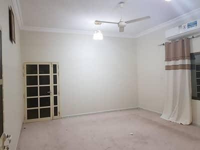 4 Bedroom Villa for Rent in Musherief, Ajman - For rent Villa in Musheirf 10000 foot