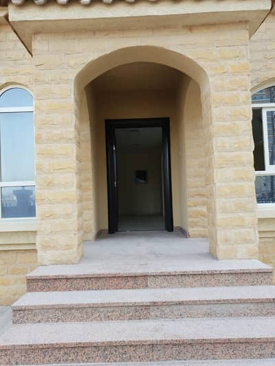 5 Bedroom Villa for Rent in Jumeirah Village Circle (JVC), Dubai - Ready To Move In 5 Bedroom Townhouse Available for Rent In Diamond Views JVC. .