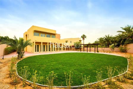 5 Bedroom Villa for Rent in Arabian Ranches, Dubai - Overlooking pool  |  5 bed  | Vacant Now