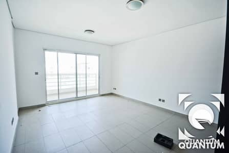 3 Bedroom Flat for Rent in Jumeirah Heights, Dubai - Bright Lake View Duplex| Large Terrace