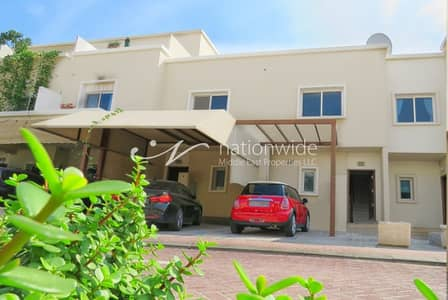 5 Bedroom Villa for Rent in Al Reef, Abu Dhabi - Single Row Corner 5 BR Villa w/ Garden + Pool