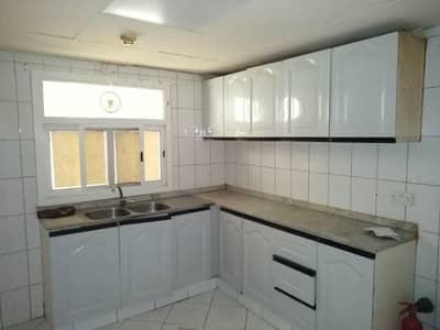 2 Bedroom Flat for Rent in Abu Shagara, Sharjah - fabulous Apartment Close To abu Shagara Park 2 BHK Only in 28 k