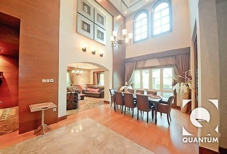 4 Bedroom Villa for Sale in Jumeirah Islands, Dubai - Fully Upgraded|Modified|Fully Furnished.