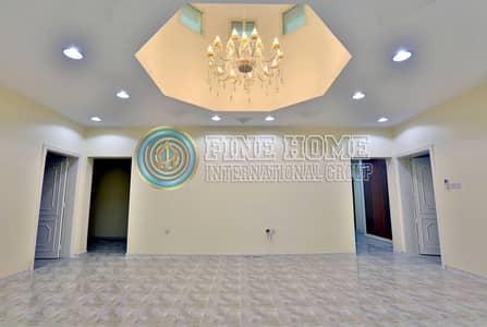5 Bedroom Villa for Sale in Khalifa City A, Abu Dhabi - Prime Location 5 BR Villa in Khalifa City