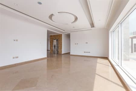 5 Bedroom Villa for Sale in Pearl Jumeirah, Dubai - Luxury &  Elegant Brand New 5 bed room villa for Sale in Pearl Jumeirah