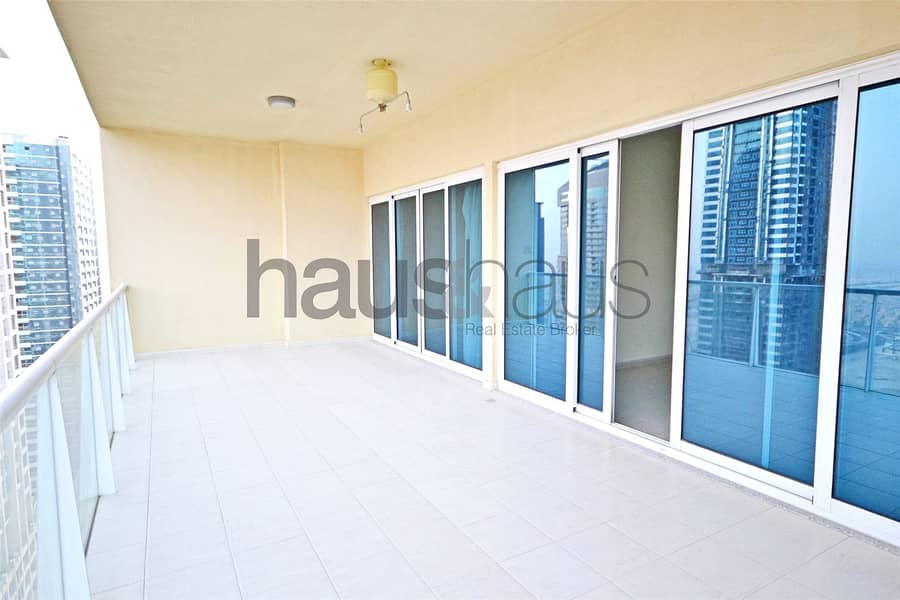 2 | 2 Bedrooms | 2 Balconies | Lake Views|