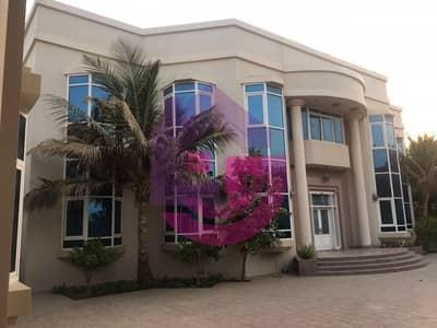 9 Bedroom Villa for Sale in Al Hazannah, Sharjah - Big Nine Bedroom Luxurious Sharjah Villa