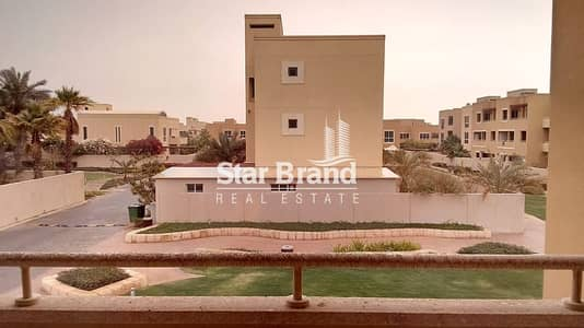4 Bedroom Villa for Rent in Al Raha Gardens, Abu Dhabi - 4 BEDROOM TOWNHOUSE WITH MAID ROOM AND BIG TERRACE