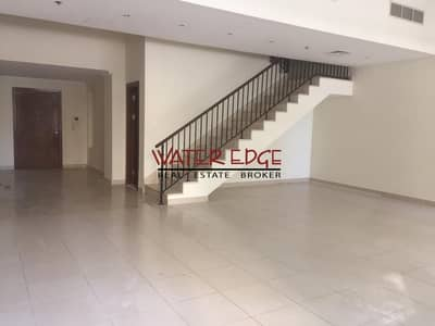 3 Bedroom Villa for Rent in Dubai Marina, Dubai - Very well maintained 3BR villa with Maids in Marina Quays
