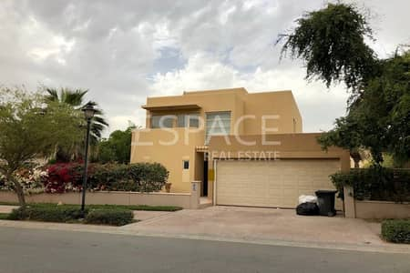 3 Bedroom Villa for Sale in Arabian Ranches, Dubai - Close to Community Center - Opposite Park