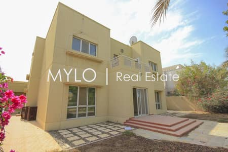 5 Bedroom Villa for Rent in The Meadows, Dubai - Full lake view |Type 13 | 4 bed & family