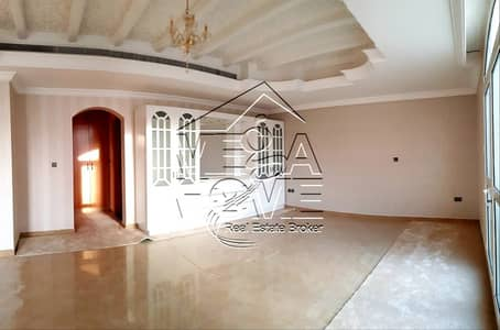 5 Bedroom Villa for Rent in Khalifa City A, Abu Dhabi - LUXURIOUS- 5 MASTER BED VILLA W/DRIVER ROOM/KITCHEN OUT SIDE