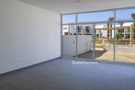 4 Bedroom Townhouse for Sale in Mudon, Dubai - Fully Automated Smart Home | On the Pool | New