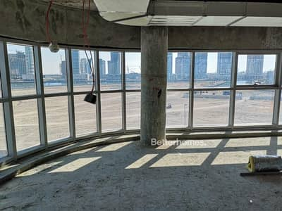 Office for Rent in Business Bay, Dubai - 4 Parking Spaces | Brand New Fit Out in Progress