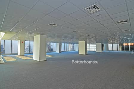 Floor for Sale in Business Bay, Dubai - Panoramic View  Fully Fitted  High Floor