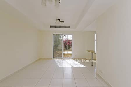 2 Bedroom Villa for Sale in The Springs, Dubai - Pool & Park | vacant | Spinneys just across