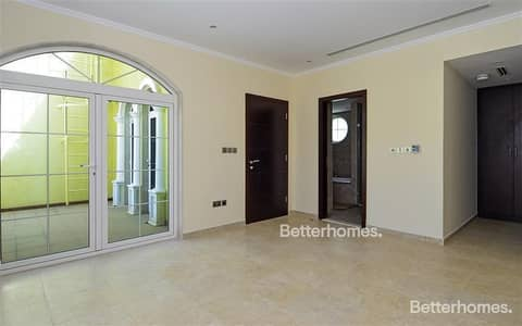 3 Bedroom Villa for Sale in Jumeirah Park, Dubai - Corner Unit | Vacant | Big Plot | Extended