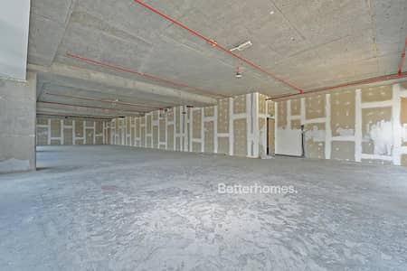 Office for Sale in Downtown Dubai, Dubai - Shell & Core | 8 Parking | Easy access to metro & mall