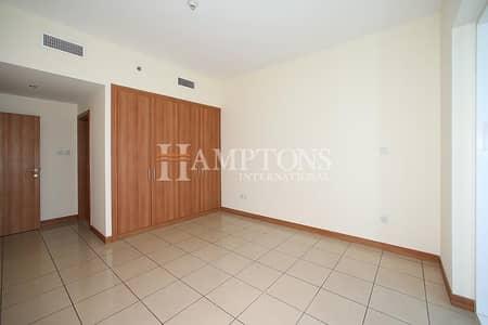 1 Bedroom Apartment for Sale in Dubai Marina, Dubai - Vacant 1BR with Balcony in Sulafa