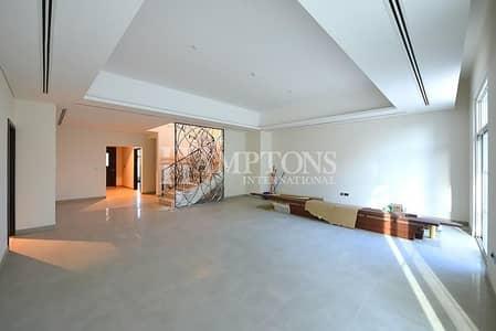 5 Bedroom Villa for Rent in Motor City, Dubai - 5BR + Study & Terrace | Community Park View