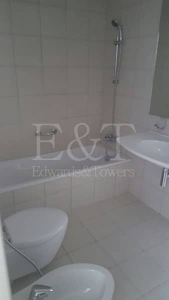 3 Bedroom Apartment for Rent in Al Reem Island, Abu Dhabi - RARE 3BR+M with TERRACE and 2 balconies.