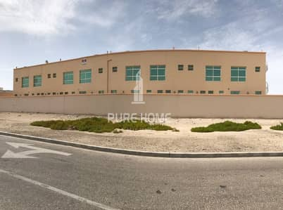 11 Bedroom Villa Compound for Sale in Khalifa City A, Abu Dhabi - For Sale ! Luxury Compound in Khalifa City A Near new  Adnoc