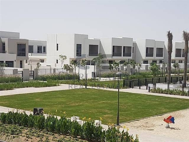 2 AED 550 persqft|12 mins MOE|Pay in 2 Yrs